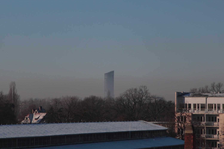 Zimowe zmętnienie nad Wrocławiem